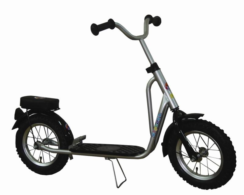 lagerr umung corvino roller mit luftbereifung scooter yipeeh silber mit sitz neu ebay. Black Bedroom Furniture Sets. Home Design Ideas